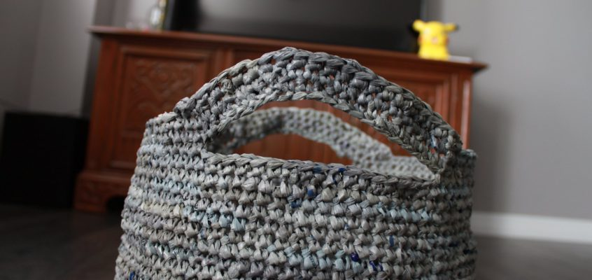 Crocheting with PLARN – Plastic (Bag) Yarn!