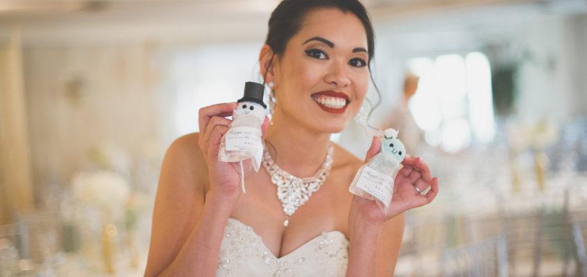Crochet Your Own DIY Wedding Favors!
